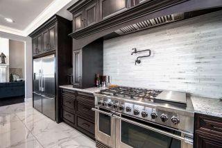 Photo 10: 944 166 Avenue in Edmonton: Zone 51 House for sale : MLS®# E4245782