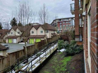 "Photo 7: 517 13883 LAUREL Drive in Surrey: Whalley Condo for sale in ""Emerald Heights"" (North Surrey)  : MLS®# R2552479"