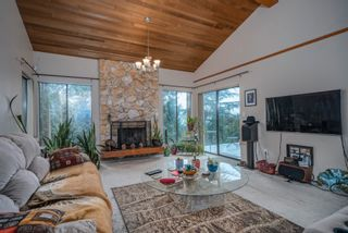 Photo 4: 1305 CHARTER HILL DRIVE in Coquitlam: Upper Eagle Ridge House for sale : MLS®# R2616938
