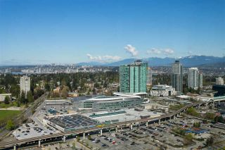 "Photo 2: 4706 13696 100 Avenue in Surrey: Whalley Condo for sale in ""Park Avenue"" (North Surrey)  : MLS®# R2360087"
