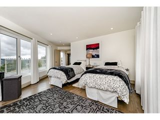 Photo 11: 2170 KAPTEY Avenue in Coquitlam: Cape Horn House for sale : MLS®# R2405015