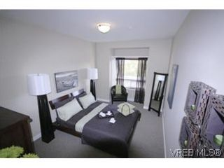 Photo 5: B410 201 Nursery Hill Dr in VICTORIA: VR Six Mile Condo for sale (View Royal)  : MLS®# 502793