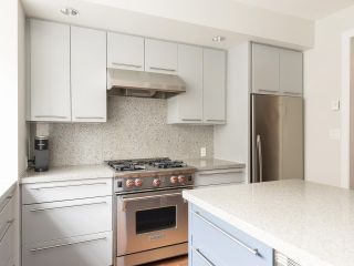 """Photo 15: 908 W 13TH Avenue in Vancouver: Fairview VW Townhouse for sale in """"Brownstone"""" (Vancouver West)  : MLS®# R2546994"""
