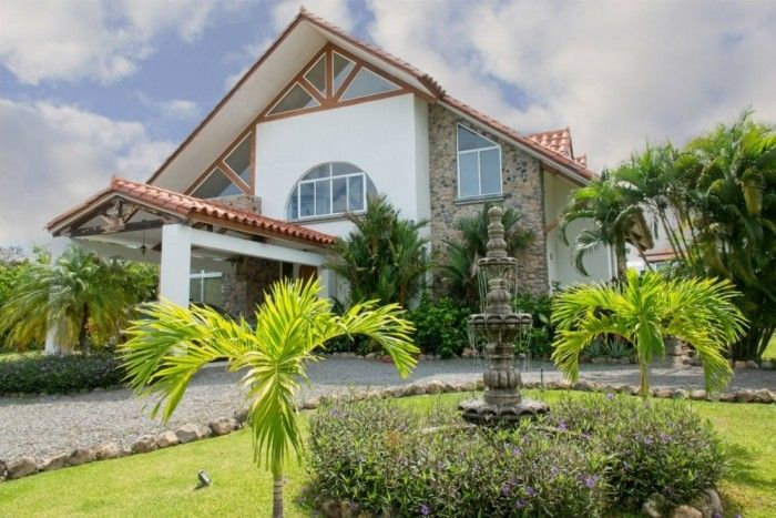 FEATURED LISTING:  Punta Barco