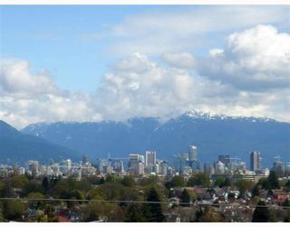 Photo 1: 3964 QUESNEL Drive in Vancouver: Arbutus House for sale (Vancouver West)  : MLS®# V755634