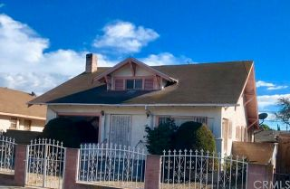 Photo 1: 1826 W 45th Street in Los Angeles: Residential for sale (C34 - Los Angeles Southwest)  : MLS®# DW18241915