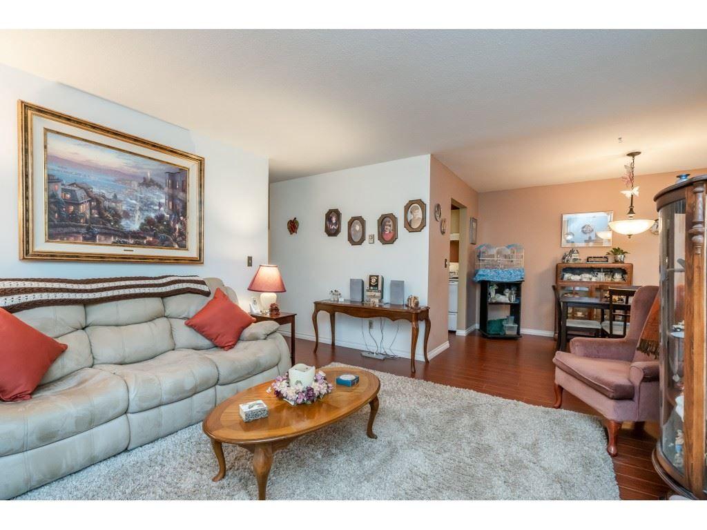 "Photo 8: Photos: 205 7155 134 Street in Surrey: West Newton Condo for sale in ""EAGLE GLEN"" : MLS®# R2446715"