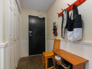 """Photo 18: 103 222 N TEMPLETON Drive in Vancouver: Hastings Condo for sale in """"CAMBRIDGE COURT"""" (Vancouver East)  : MLS®# R2383049"""