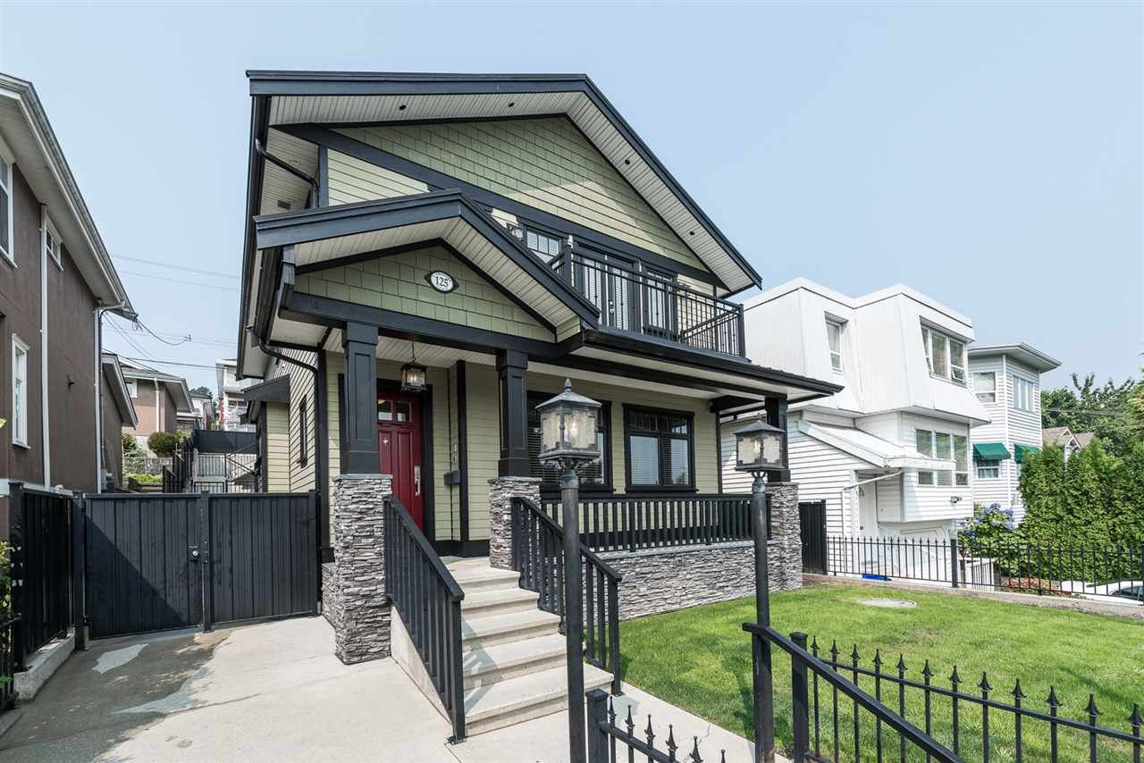 Main Photo: 125 N STRATFORD Avenue in Burnaby: Capitol Hill BN House for sale (Burnaby North)  : MLS®# R2208655