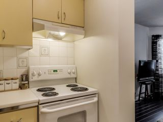 """Photo 7: 2307 ALDER Street in Vancouver: Fairview VW Townhouse for sale in """"ALDERWOOD PLACE"""" (Vancouver West)  : MLS®# V1124045"""