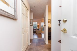 Photo 4: 106 1196 Sluggett Rd in : CS Brentwood Bay Condo for sale (Central Saanich)  : MLS®# 863140