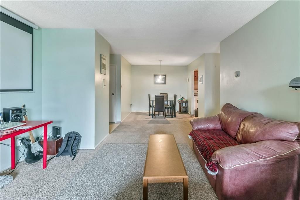 Photo 11: Photos: 9306 315 SOUTHAMPTON Drive SW in Calgary: Southwood Apartment for sale : MLS®# C4224686