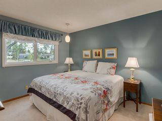 Photo 18: 9804 Palishall Road SW in Calgary: Palliser Detached for sale : MLS®# A1040399