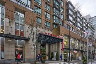 "Photo 26: 2303 788 RICHARDS Street in Vancouver: Downtown VW Condo for sale in ""L'Hermitage"" (Vancouver West)  : MLS®# R2531350"