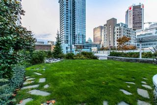 """Photo 2: 504 535 SMITHE Street in Vancouver: Downtown VW Condo for sale in """"THE DOLCE"""" (Vancouver West)  : MLS®# R2116050"""