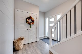Photo 3: 16139 17 Avenue in Edmonton: Zone 56 House for sale : MLS®# E4241128