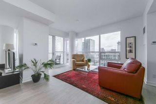 Photo 2: 3802 88 Scott Street in Toronto: Church-Yonge Corridor Condo for lease (Toronto C08)  : MLS®# C4647167