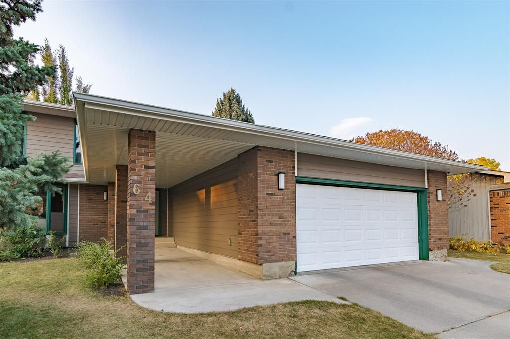 Main Photo: 64 MIDPARK Place SE in Calgary: Midnapore Detached for sale : MLS®# A1152257
