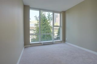 """Photo 11: 305 550 PACIFIC Street in Vancouver: Yaletown Condo for sale in """"AQUA AT THE PARK"""" (Vancouver West)  : MLS®# R2580655"""