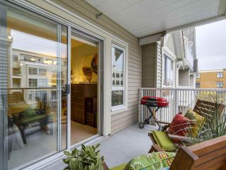 """Photo 14: 301 2755 MAPLE Street in Vancouver: Kitsilano Condo for sale in """"THE DAVENPORT"""" (Vancouver West)  : MLS®# R2122011"""