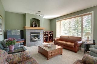 Photo 36: 4 Simcoe Close SW in Calgary: Signal Hill Detached for sale : MLS®# A1038426