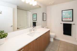 """Photo 12: 405 221 UNION Street in Vancouver: Mount Pleasant VE Condo for sale in """"V6A"""" (Vancouver East)  : MLS®# R2115784"""