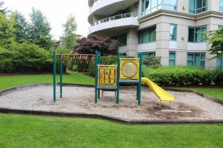 """Photo 27: 1104 6659 SOUTHOAKS Crescent in Burnaby: Highgate Condo  in """"GEMINI 2"""" (Burnaby South)  : MLS®# R2582918"""