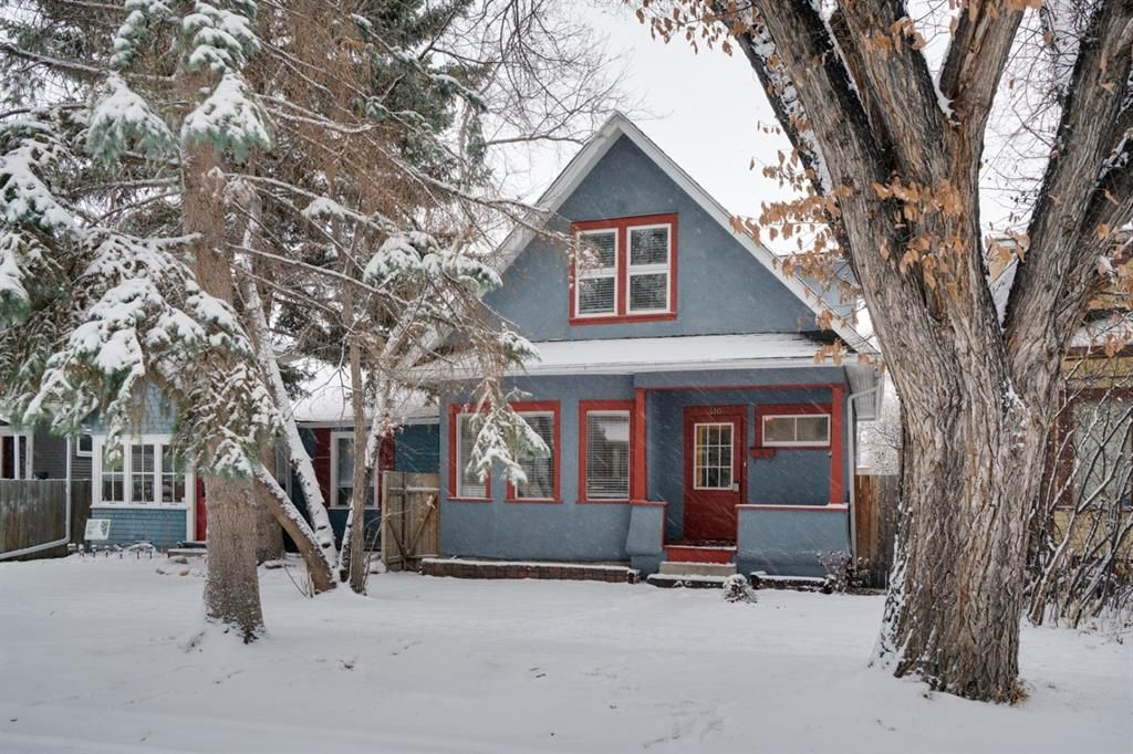 Main Photo: 410 12 Street NW in Calgary: Hillhurst Detached for sale : MLS®# A1048539