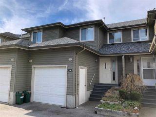"Photo 1: 4 40200 GOVERNMENT Road in Squamish: Garibaldi Estates Townhouse for sale in ""Viking Ridge"" : MLS®# R2550224"