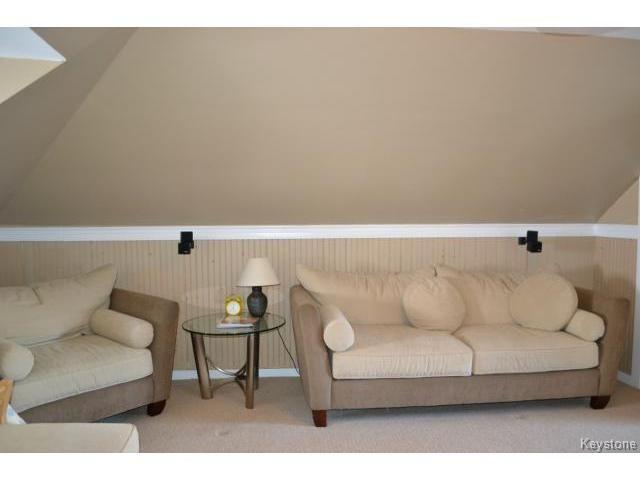Photo 11: Photos: 1060 Grosvenor Avenue in WINNIPEG: Crescentwood Residential for sale (South Winnipeg)  : MLS®# 1403684