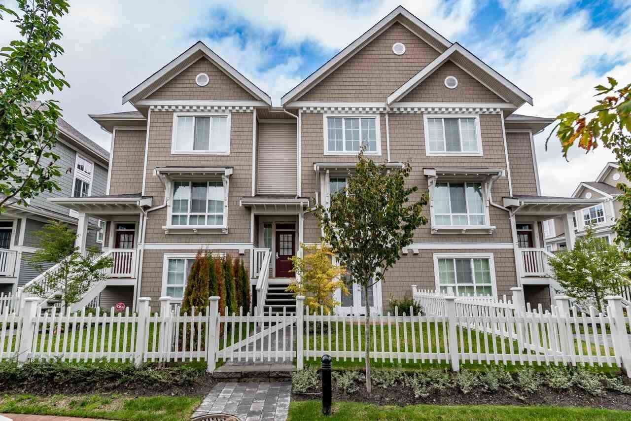 """Main Photo: 76 5510 ADMIRAL Way in Ladner: Neilsen Grove Townhouse for sale in """"CHARTER HOUSE"""" : MLS®# R2551953"""