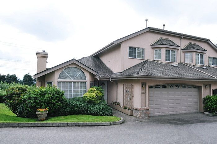 """Main Photo: 2622 CRAWLEY Avenue in Coquitlam: Coquitlam East Townhouse for sale in """"SOUTHVIEW ESTATES"""" : MLS®# R2237997"""