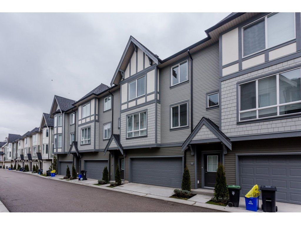 """Main Photo: 61 8138 204 Street in Langley: Willoughby Heights Townhouse for sale in """"ASHBURY AND OAK"""" : MLS®# R2245395"""