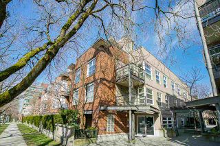 "Photo 31: 212 2181 W 12TH Avenue in Vancouver: Kitsilano Condo for sale in ""The Carlings"" (Vancouver West)  : MLS®# R2561909"
