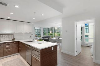 """Photo 2: 619 1783 MANITOBA Street in Vancouver: False Creek Condo for sale in """"The Residences at West"""" (Vancouver West)  : MLS®# R2579373"""