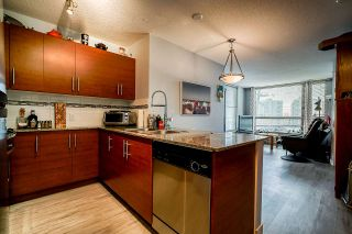 "Photo 4: 308 833 AGNES Street in New Westminster: Downtown NW Condo for sale in ""NEWS"" : MLS®# R2419231"