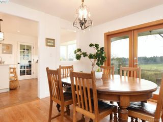 Photo 8: 1217 Mt. Newton Cross Rd in SAANICHTON: CS Inlet House for sale (Central Saanich)  : MLS®# 836296