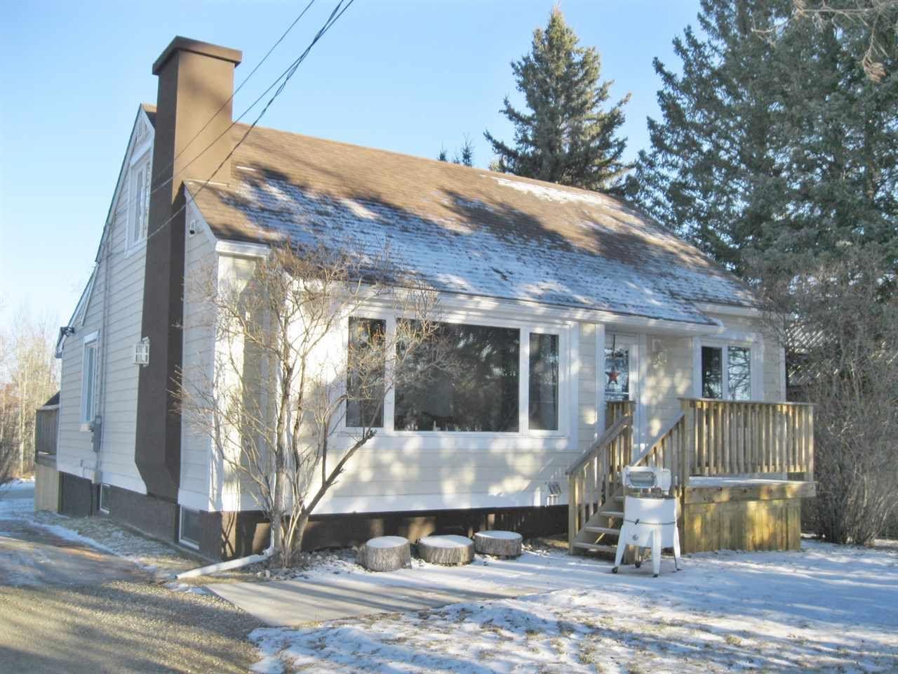 Main Photo: 4913 47 Avenue: Stony Plain House for sale : MLS®# E4225264