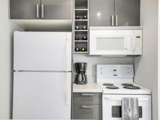 "Photo 12: 306 1425 CYPRESS Street in Vancouver: Kitsilano Condo for sale in ""Cypress West"" (Vancouver West)  : MLS®# R2183416"