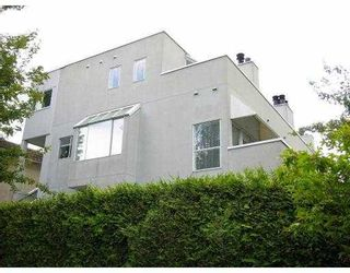 Photo 1: 1610 MAPLE ST in Vancouver: Kitsilano Townhouse for sale (Vancouver West)  : MLS®# V594740