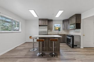 Photo 5: 1710 45 Street SE in Calgary: Forest Lawn Detached for sale : MLS®# A1131824