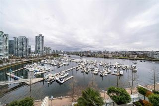 Photo 2: 901 1228 MARINASIDE Crescent in Vancouver: Yaletown Condo for sale (Vancouver West)  : MLS®# R2562099
