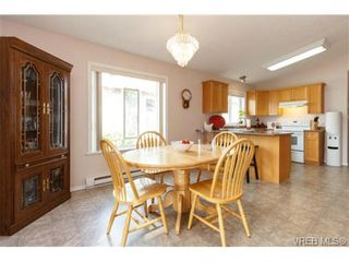 Photo 7: 41 7570 Tetayut Rd in SAANICHTON: CS Hawthorne Manufactured Home for sale (Central Saanich)  : MLS®# 707595