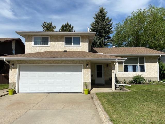 Main Photo: 114 Centennial Drive: Wetaskiwin House for sale : MLS®# E4247352