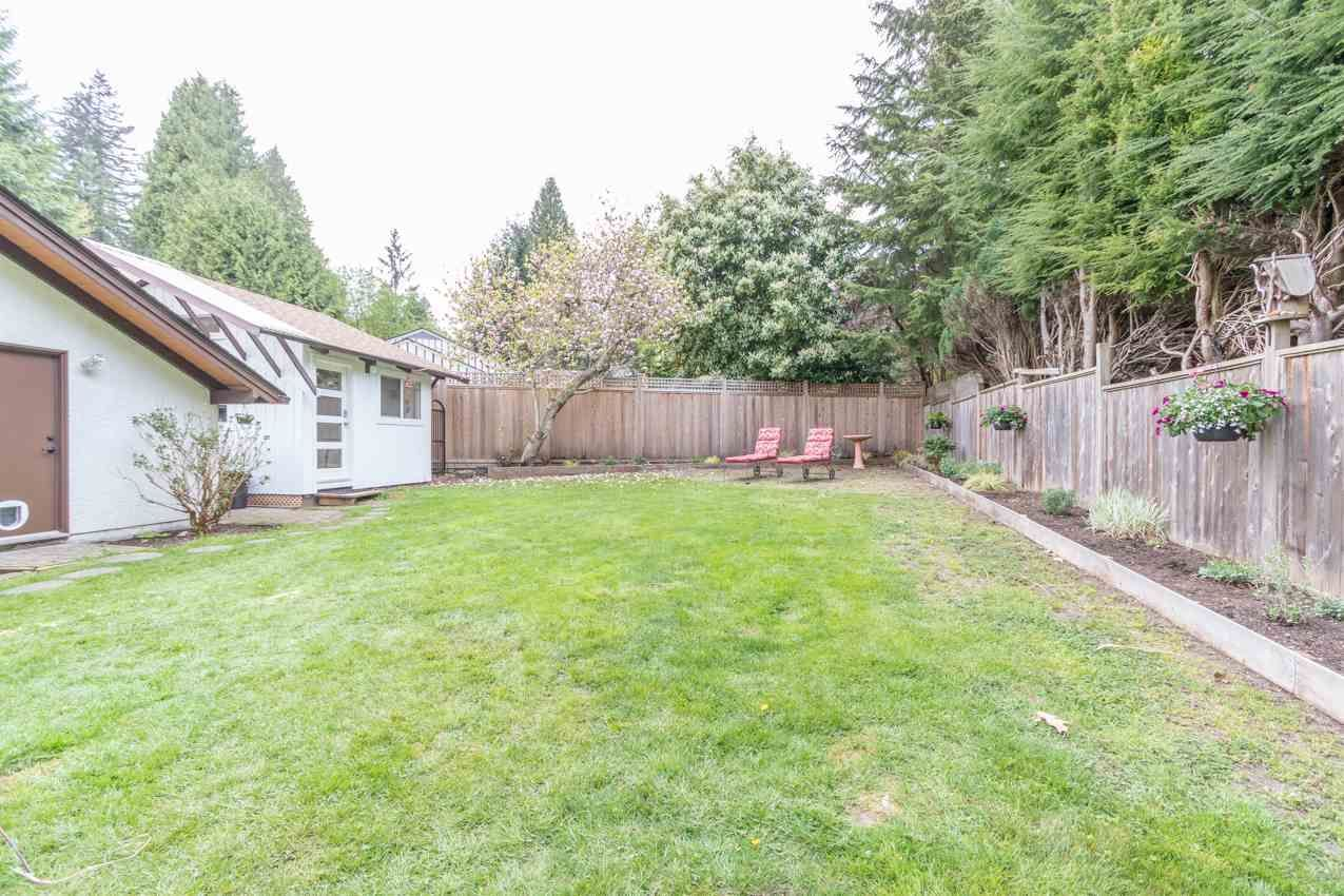 Photo 36: Photos: 1314 MOUNTAIN Highway in North Vancouver: Westlynn House for sale : MLS®# R2572041