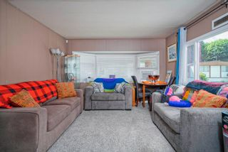 """Photo 3: 160 7790 KING GEORGE Boulevard in Surrey: East Newton Manufactured Home for sale in """"Crispen Bays"""" : MLS®# R2593825"""