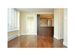 """Photo 3: 906 1088 RICHARDS Street in Vancouver: Yaletown Condo for sale in """"RICHARDS"""" (Vancouver West)  : MLS®# V1115263"""