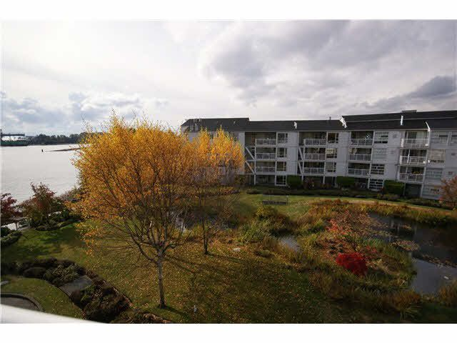 Main Photo: 403 2080 E KENT AVE SOUTH AVENUE in : South Marine Condo for sale (Vancouver East)  : MLS®# V976962