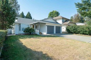 """Photo 1: 15542 98A Avenue in Surrey: Guildford House for sale in """"Briarwood"""" (North Surrey)  : MLS®# R2303432"""