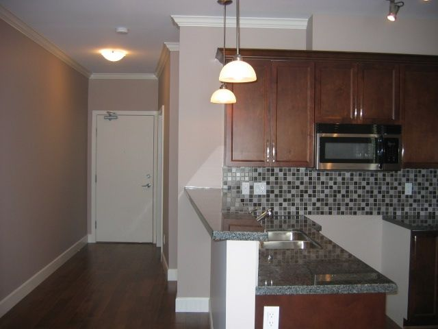 Photo 3: Photos: 300 - 15268 18th Ave in Surrey: King George Corridor Condo for sale (South Surrey White Rock)  : MLS®# F2900237
